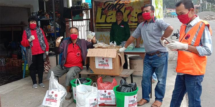 Ekonominya Terimbas Corona, Diana Bantu Pekerja Wisata Sarangan